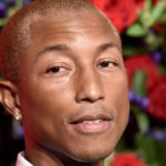 Por qué Pharrell Williams dice que está avergonzado de su éxito «Blurred Lines»