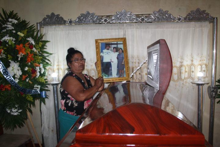 Familiares de reo que apareció ahorcado en una cárcel de Jinotepe no creen en versión policial - La Prensa (Nicaragua)