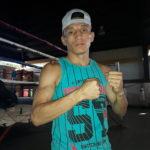 René Alvarado se marcha este domingo a su cita por el título mundial de las 130 libras: «Tengo el peso controlado»