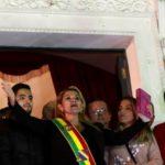 Estados Unidos y otros países reconocen a presidenta interina de Bolivia