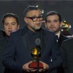 El salsero Luis Enrique gana un Latin Grammy y lo dedica a la lucha del pueblo nicaragüense