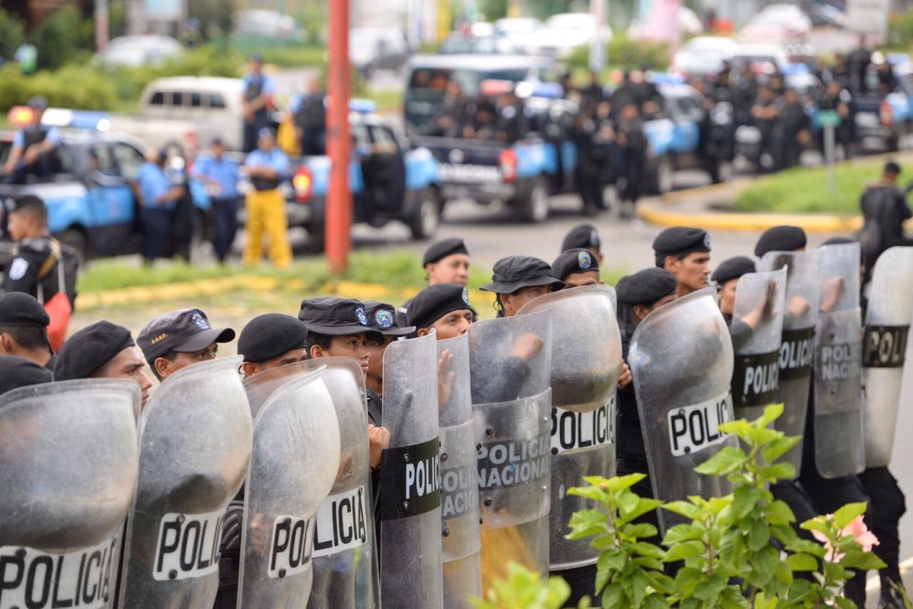 Managua, una ciudad que vive en permanente estado policial bajo la dictadura de Daniel Ortega - La Prensa (Nicaragua)