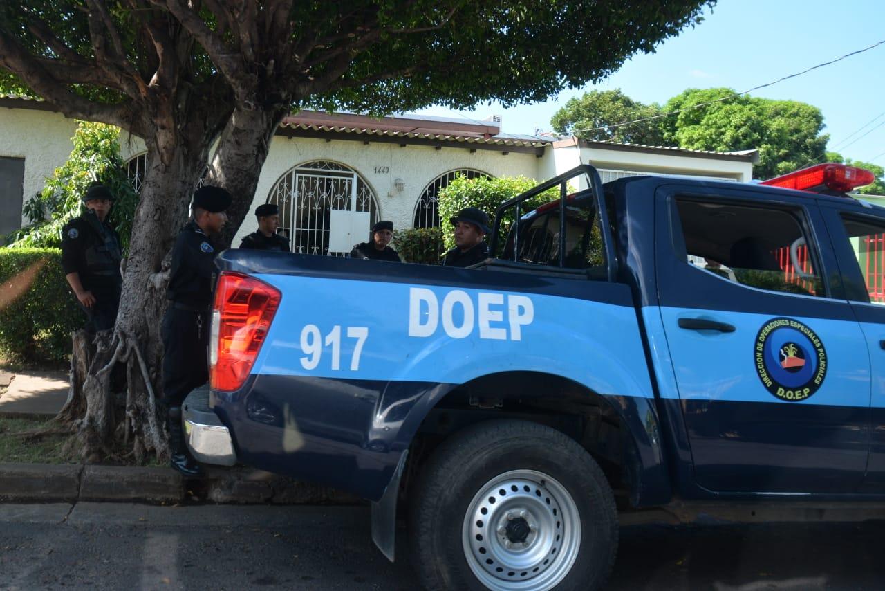 Asedio policial impide plantón en Iglesia San Francisco de Managua - La Prensa (Nicaragua)