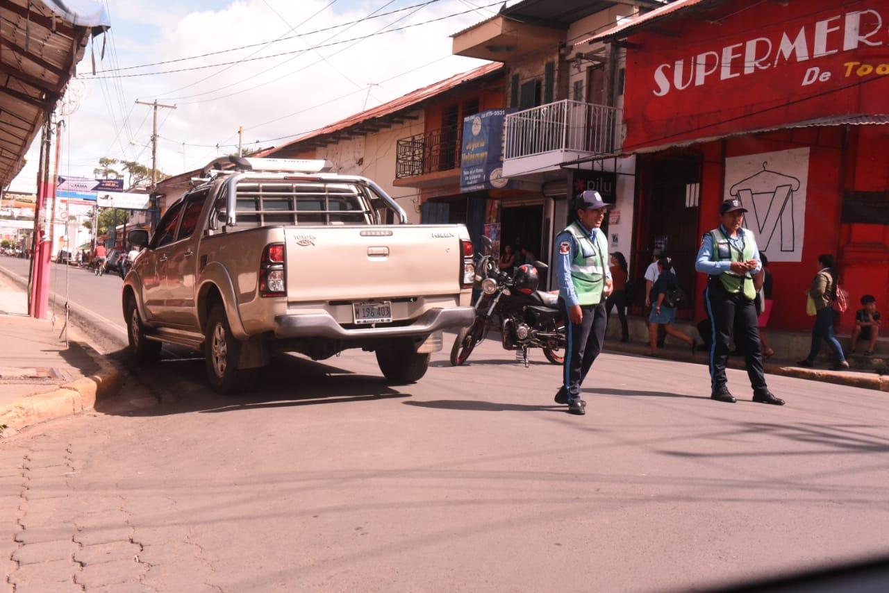 Policía Orteguista cerca por más de 24 horas la iglesia San Miguel Arcángel de Masaya - La Prensa (Nicaragua)