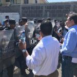 Prohibición de ingreso de familiares de presos políticos al juzgado «vino de arriba» del Poder Judicial