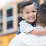 Educación: qué es la «crianza positiva» y cómo puedes usarla para ser «firme pero amable» con tus hijos
