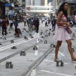 Hong Kong amanece por cuarto día con carreteras cortadas