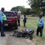 Motorizado invadió carril al tratar de aventajar y perdió la vida al chocar de frente contra camión en Tipitapa