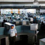 Diosdado Cabello amenaza con convertir sede de El Nacional en una universidad
