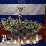 Altares vandálicos azul y blanco: una nueva manera de seguir resistiendo contra el dictador