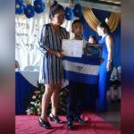 Hijo de «Chabelo» rinde homenaje a su padre en su promoción de sexto grado