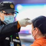 China reporta 25 muertos más por coronavirus en Wuhan