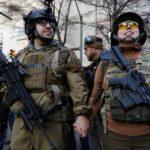 Miles se manifiestan en la capital de Virginia por el derecho a poseer armas