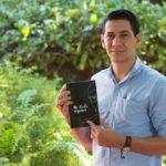 «Me duele respirar» el desgarrador grito de Álvaro Conrado inspiró a joven poeta escribir libro contra la dictadura