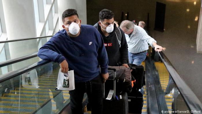 Dos españoles y dos franceses, expulsados de Colombia por incumplir cuarentena