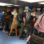Evacúan a 250 europeos varados en Nicaragua por COVID-19