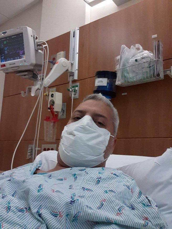 El comunicador pasó momentos difíciles al extremo de pensar que del hospital no saldría vivo como ha ocurrido con miles en el mundo. LA PRENSA/Cortesía