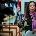Rosario Murillo menciona 22 nombres de funcionarios y militantes que «hicieron el tránsito a otro plano de vida»