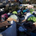 ONU: Refugiados y migrantes detenidos «deberían ser liberados sin demora»