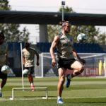 El futbol español mide su regreso en aumento de jugadores los entrenamientos colectivos