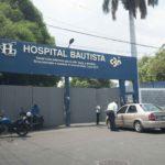 Hospital Bautista asegura que entregó el cadáver correcto a hijo y hermano. Familia que denunció rechaza versión
