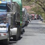 Transportistas nicaragüenses cerrarán frontera con Costa Rica en protesta a las medidas del gobierno tico