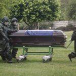 Fotos | El entierro del periodista Gustavo Bermúdez