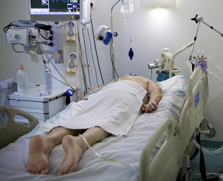 La intubación es un proceso invasivo que se aplica a los pacientes con una fuerte neumonía por Covid-19. LA PRENSA/Foto tomada de internet para ilustrar