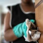 Coronavirus | «Esta pandemia nos ha convertido casi esclavas»: cómo covid-19 puso en evidencia la situación de las empleadas domésticas en América Latina (y cuál es el único país que las ayuda)