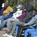 La pandemia se dispara en Sudáfrica con más de 3,300 muertos y 200,000 casos