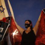 Miles protestan en Israel contra la gestión gubernamental del coronavirus