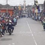 Aficionados se exponen al contagio del Covid-19 durante competencia de motos en Diriamba y Cuidad Sandino