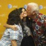 Demi Lovato sobre la muerte de su abuelo: «Mi familia no podrá despedirse con un funeral… esta es la realidad de la pandemia»