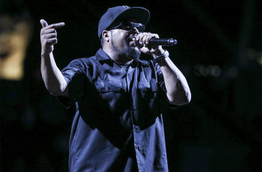 Aug 24, 2018; Brooklyn, NY, USA; Big 3 founder Ice Cube performs prior to the Big 3 championship at Barclays Center . Mandatory Credit: Wendell Cruz-USA TODAY Sports