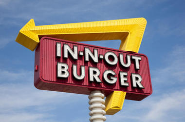 In-N-Out Burger sign in front of blue sky (Photo credit: Michael Flippo/Dreamstime)