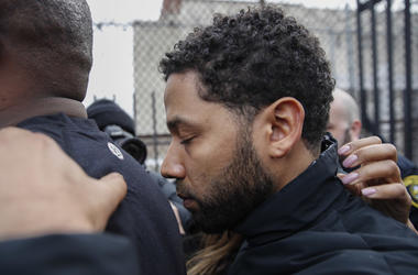 """""""Empire"""" actor Jussie Smollett leaves Cook County jail following his release, Thursday, Feb. 21, 2019, in Chicago."""