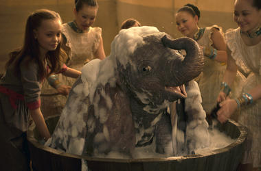 "This image released by Disney shows Nico Parker, left, in a scene from ""Dumbo."" (Disney via AP)"