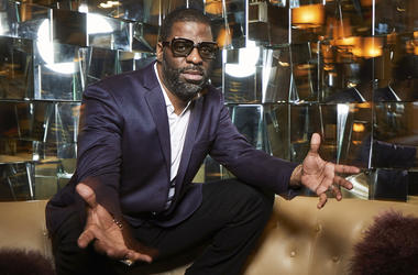 This April 1, 2019 photo shows Che Smith, better known as Rhymefest, posing for a portrait at the JW Marriott Essex House in New York. (Photo by Matt Licari/Invision/AP)