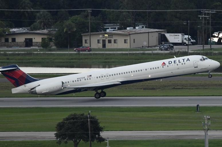 Delta Airlines (Photo credit: John David Mercer-USA TODAY Sports)