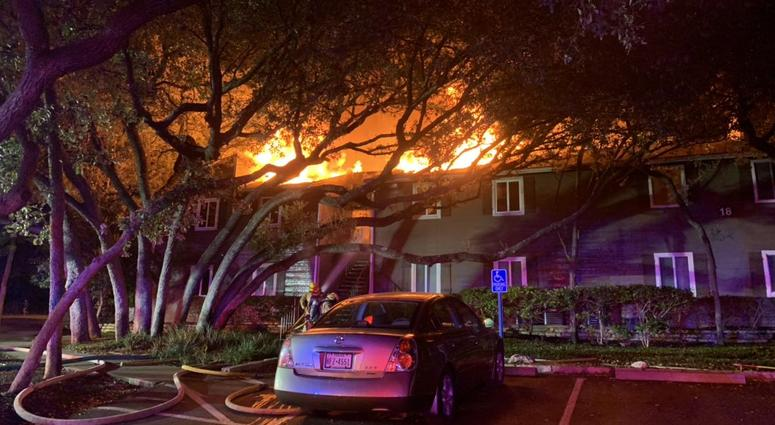 Two killed in south Austin apartment fire; 9 displaced