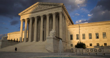Justices adopt new privacy rules for cellphone tracking