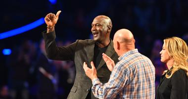 """Cedric Cornbread Maxwell On Michael Jordan: """"He Is Trying His Best To Put Out A Team That Is Relevant..."""""""