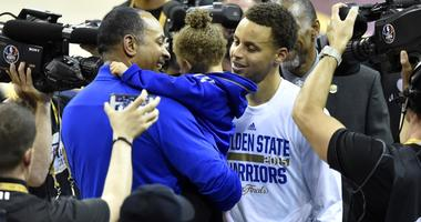 """Hornets Legend Dell Curry: """"I NEVER Get Tired Watching Steph Win Championships"""""""