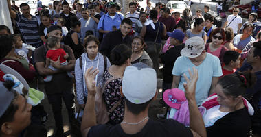 Immigrants fleeing gangs prefer taking chance for US asylum