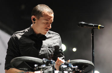 Chester Bennington of Linkin Park performs on stage at the Tokyo leg of the Live Earth series of concerts, at Makuhari Messe, Chiba on July 7, 2007 in Tokyo, Japan.