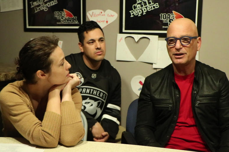 Howie Mandel Talks with The Big Mistake in the Shark Studio