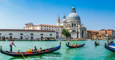 Discover the trip of a lifetime, Reflections of Italy
