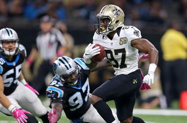 Oct 16, 2016; New Orleans, LA, USA; New Orleans Saints wide receiver Tommylee Lewis (87) returns a punt against the Carolina Panthers in the second quarter of the game at the Mercedes-Benz Superdome.