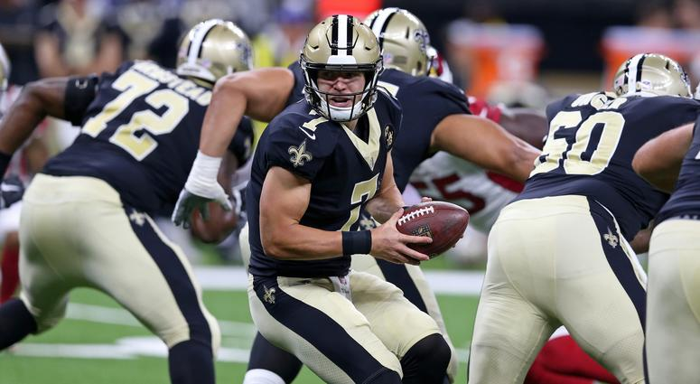 Aug 17, 2018; New Orleans, LA, USA; New Orleans Saints quarterback Taysom Hill (7) during the first quarter against the Arizona Cardinals at the Mercedes-Benz Superdome.