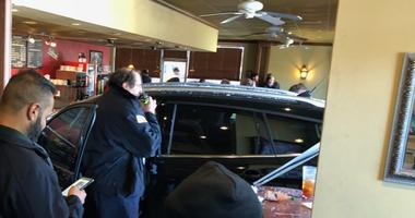 Harahan coffee shop reopens day after car crashes through front window